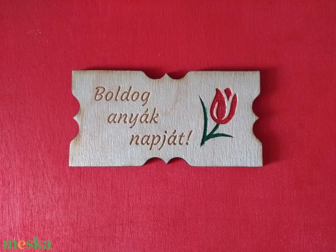 Anyáknapi tulipános fa hűtőmágnes (OktaDesign) - Meska.hu
