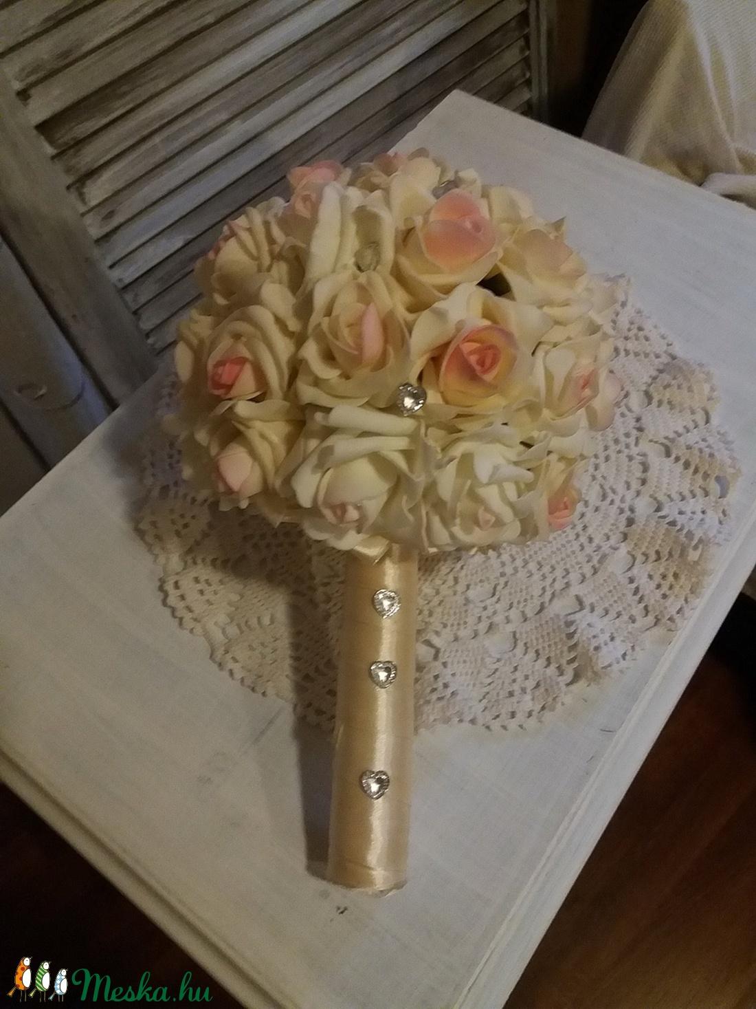 c57bb12af4 (orchideavirag59) Polifoam menyasszonyi csokor ,örök esküvői csokor, különleges és romantikus esküvőre.