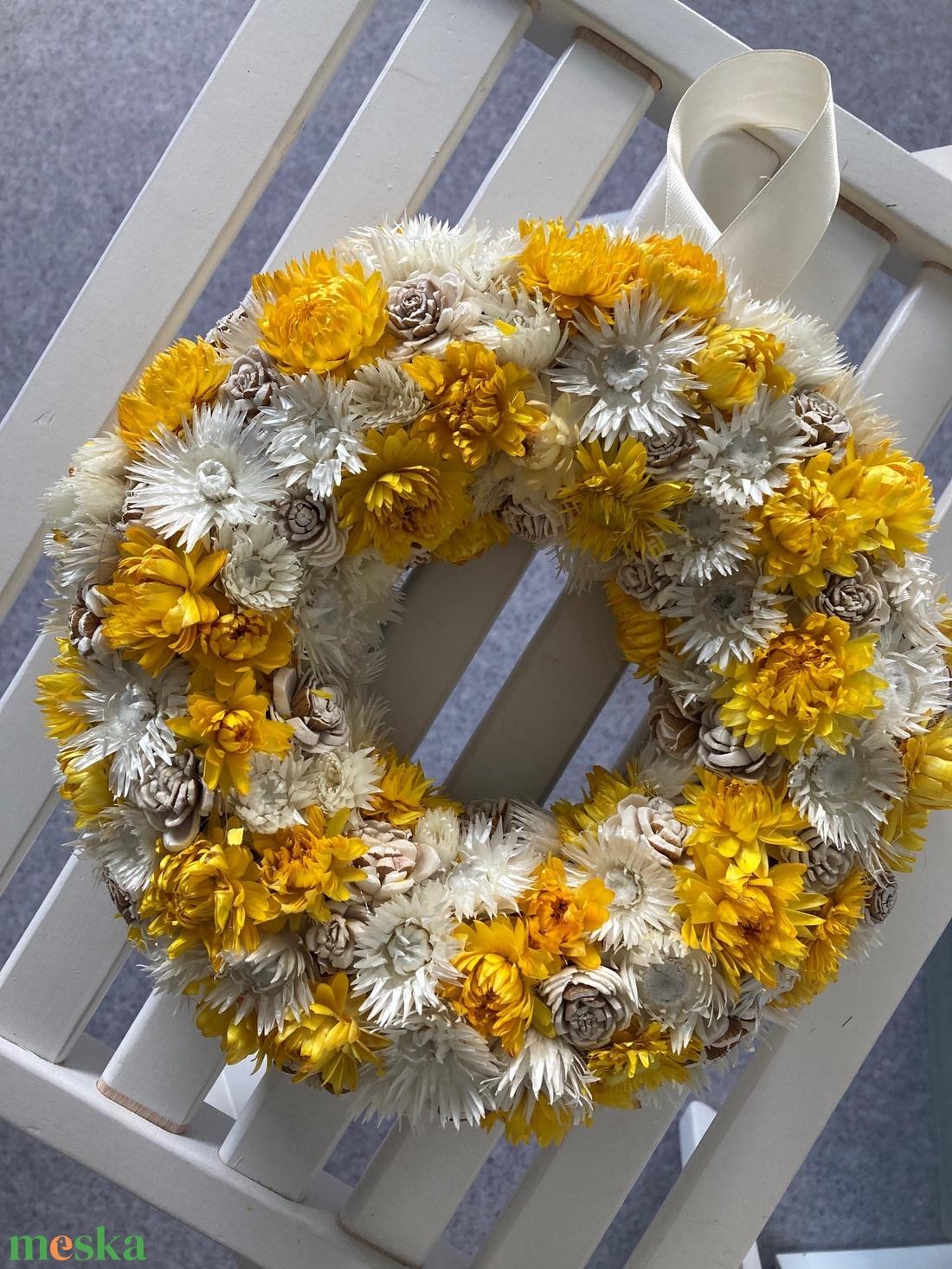 Ajtódísz vagy fali dekoráció száraz virágból - otthon & lakás - dekoráció - ajtódísz & kopogtató - Meska.hu