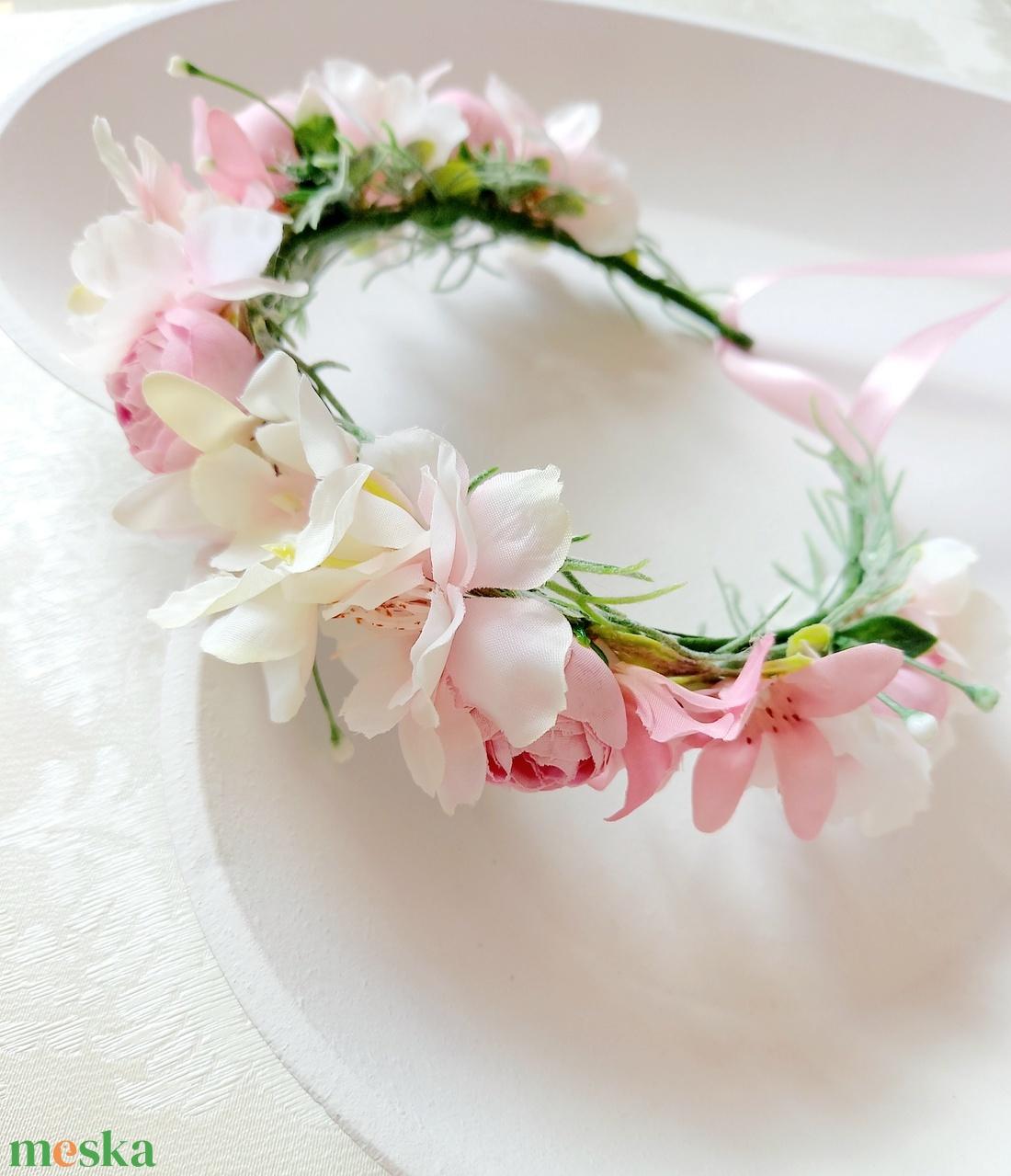 Rózsaszín boglárkás selyemvirág baba, gyerek hajkoszorú  - esküvő - hajdísz - fejkoszorú - Meska.hu