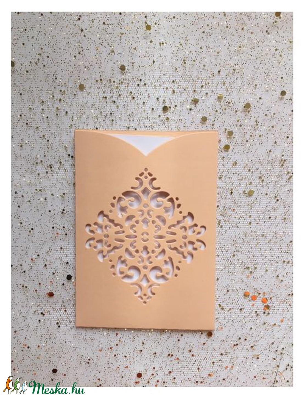 Kicsi csipkemintás, diszes BARACK SZINŰ  boriték fehér üdvözlőkártyával,  PD 4 Scr 8b (OshiArt) - Meska.hu