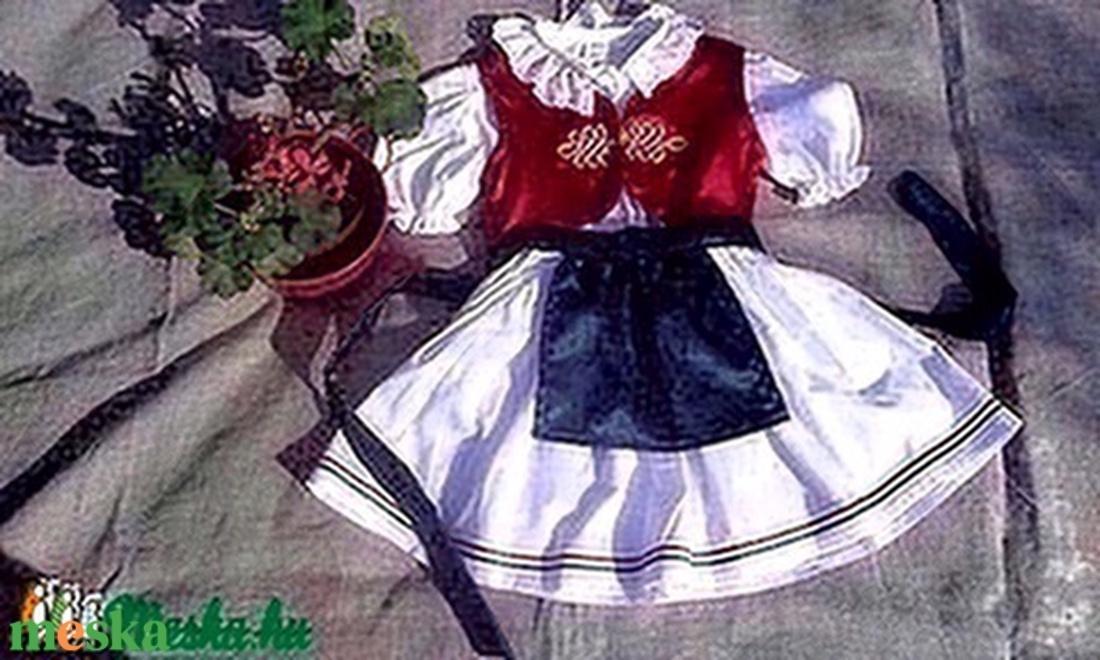 Magyaros lányka együttes (blúz a356bfc9d0