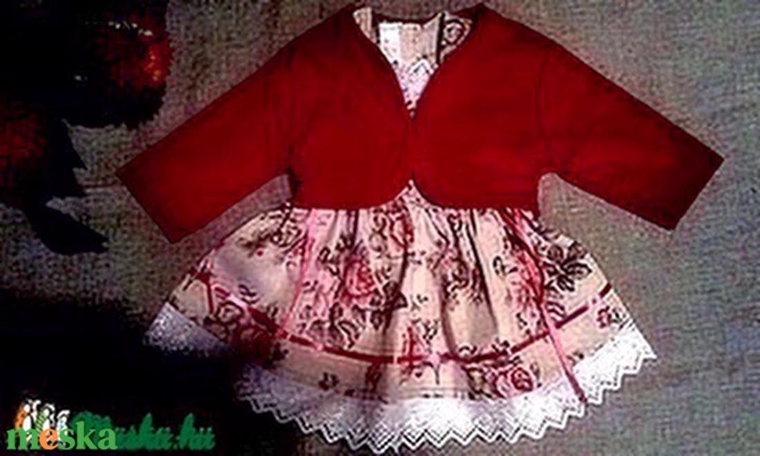 Angol rózsás lányka ruha kabáttal (peteryeva) - Meska.hu eed4b30353