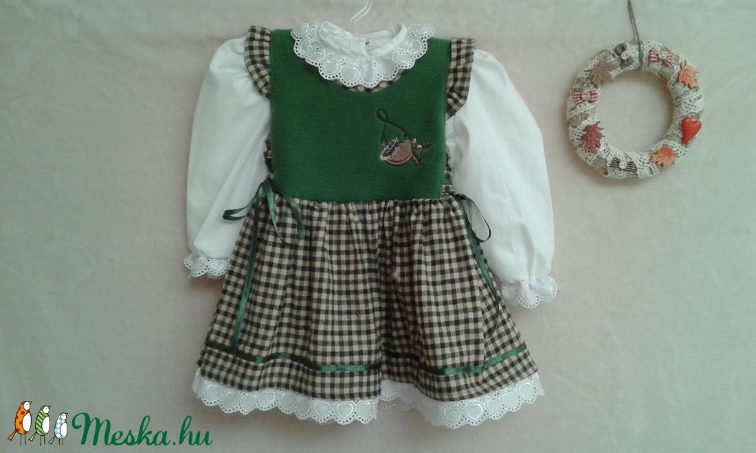Bajoros stílusú lányka ruha (peteryeva) - Meska.hu b00eb4e232