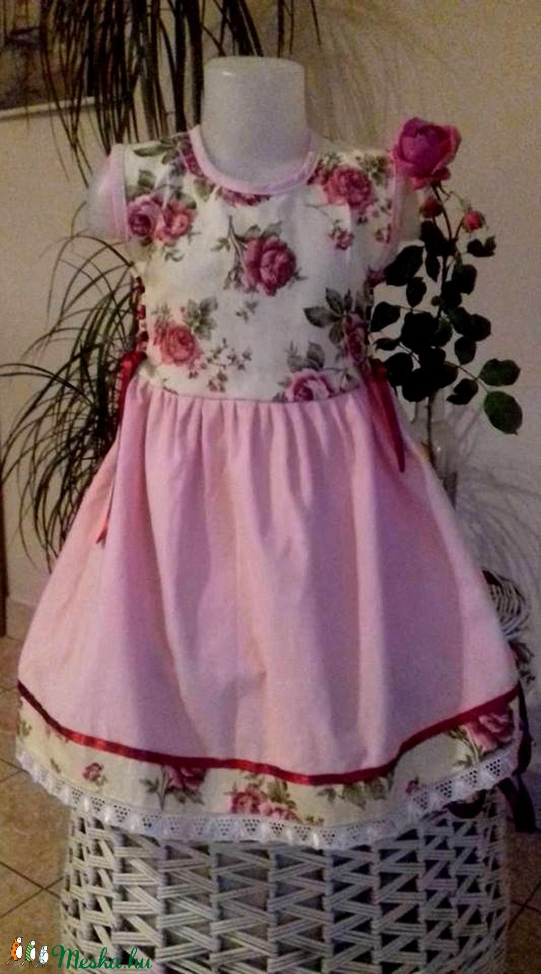 Rózsás ruha (peteryeva) - Meska.hu c2b3c5a8a2