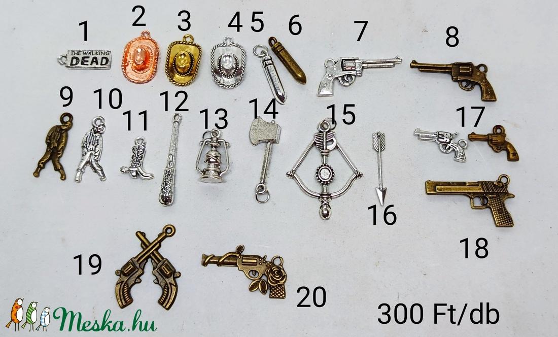 TWD kulcstartó/táskadísz - táska & tok - kulcstartó & táskadísz - kulcstartó - Meska.hu