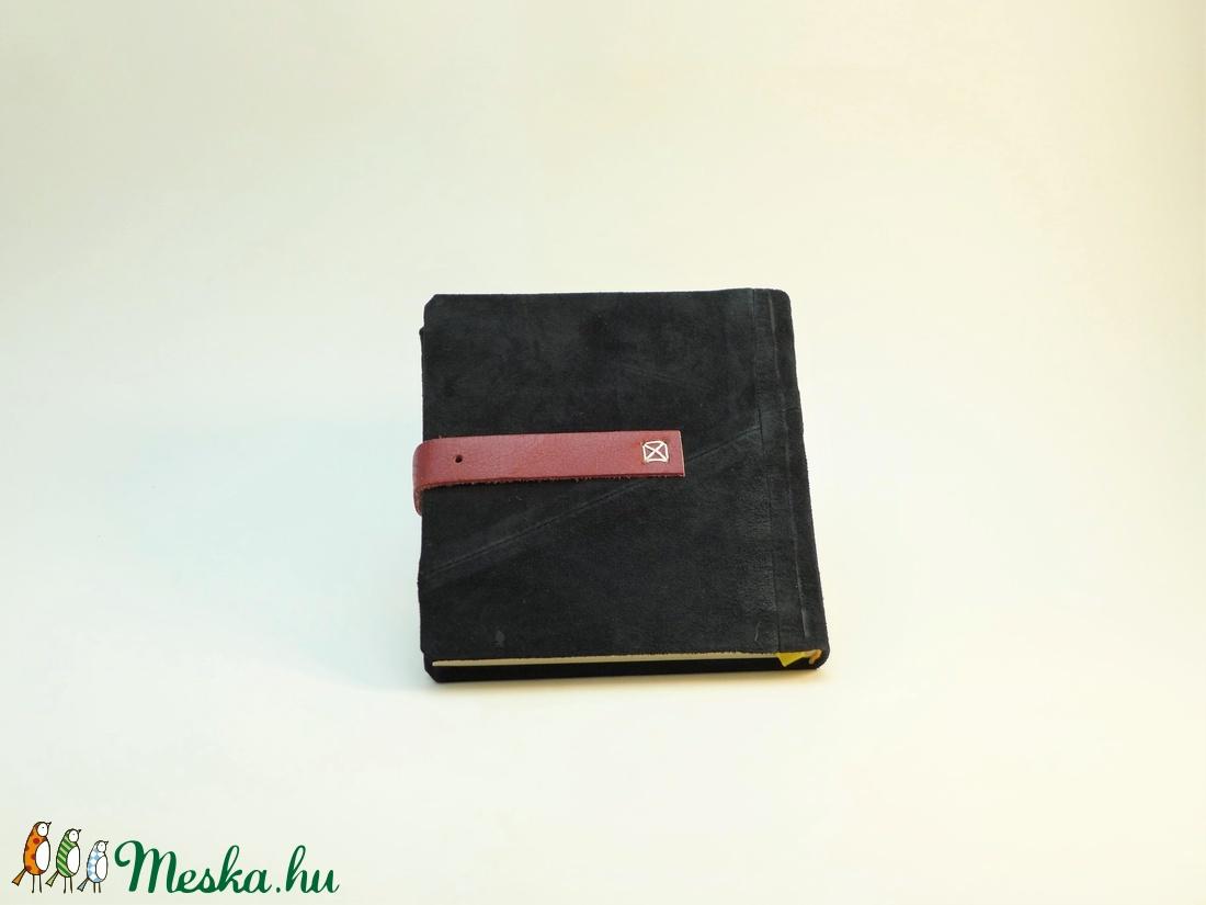 Klarissza - notesz, napló, emlékkönyv - fekete velúr bőr 16x16 cm - 307 - otthon & lakás - papír írószer - jegyzetfüzet & napló - Meska.hu