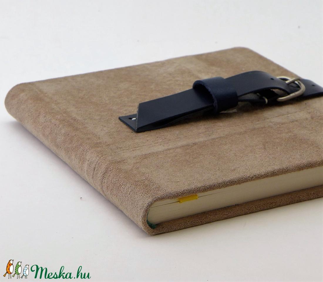 Fábián - notesz, napló, emlékkönyv - drapp velúr bőr 16x16 cm  - 341 - otthon & lakás - papír írószer - jegyzetfüzet & napló - Meska.hu