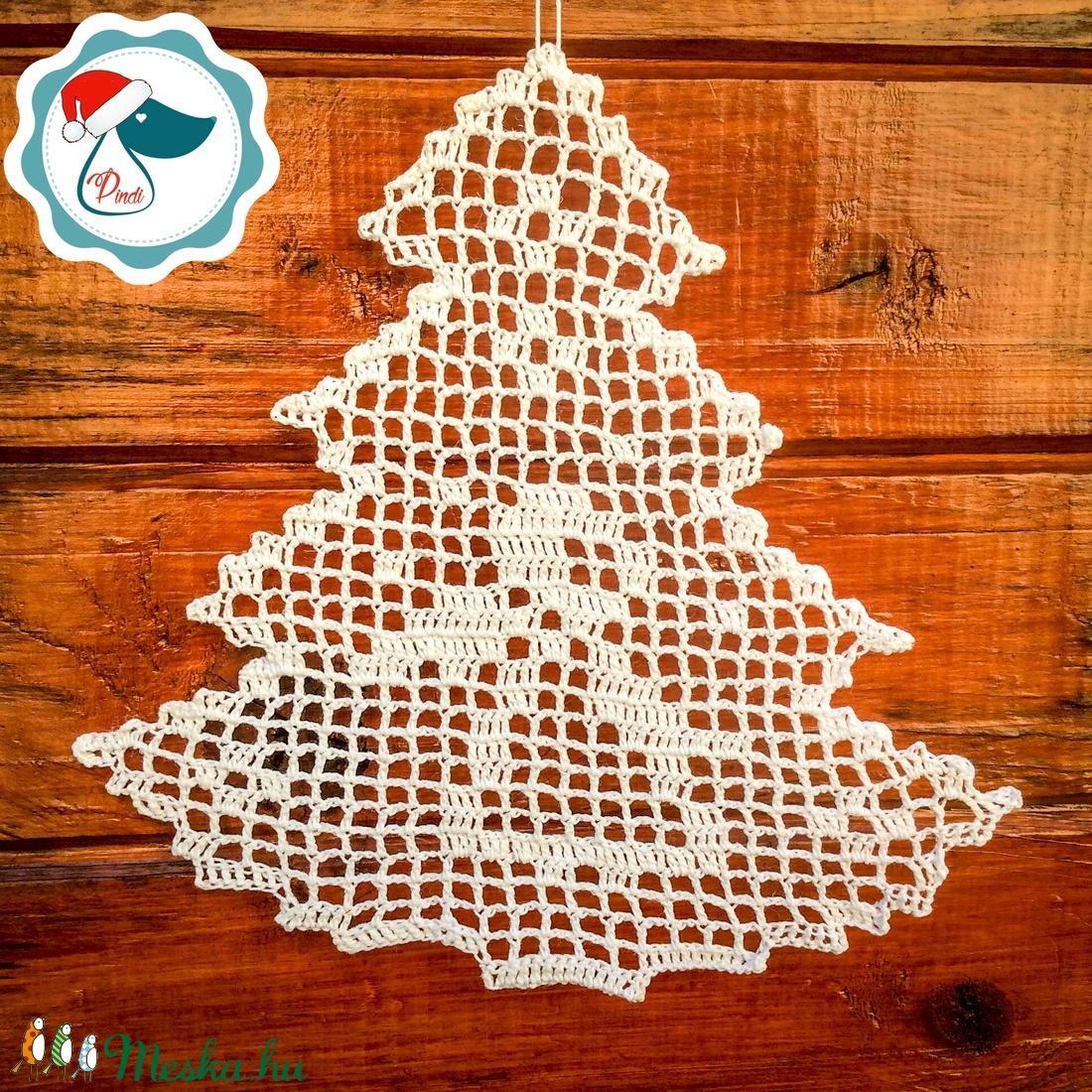 Egyedi horgolt sík fenyő forma - Karácsonyi ablak dísz - karácsonyi dekorácíó- karácsonyi ajándék  (Pindiart) - Meska.hu