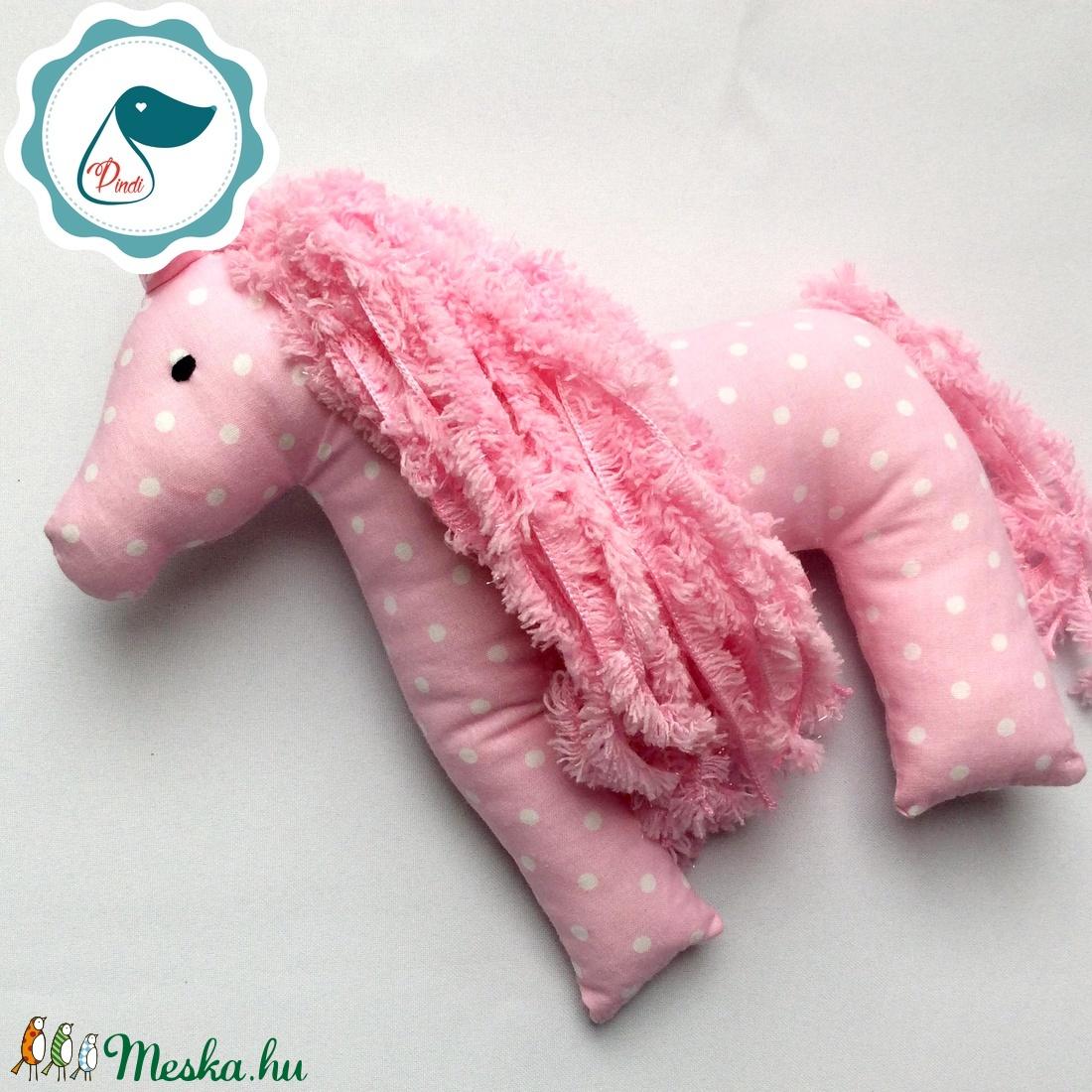 Lovacska - Rózsaszín pöttyös egyedi tervezésű kézműves játék - ló textiljáték  - Meska.hu