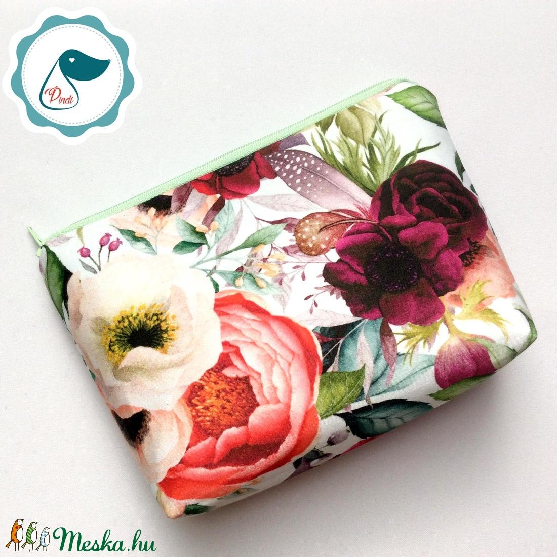 Egyedi prémium  rózsa mintás nagy neszesszer - táska ki egészítő - tároló -  medúza - táska & tok - neszesszer - Meska.hu