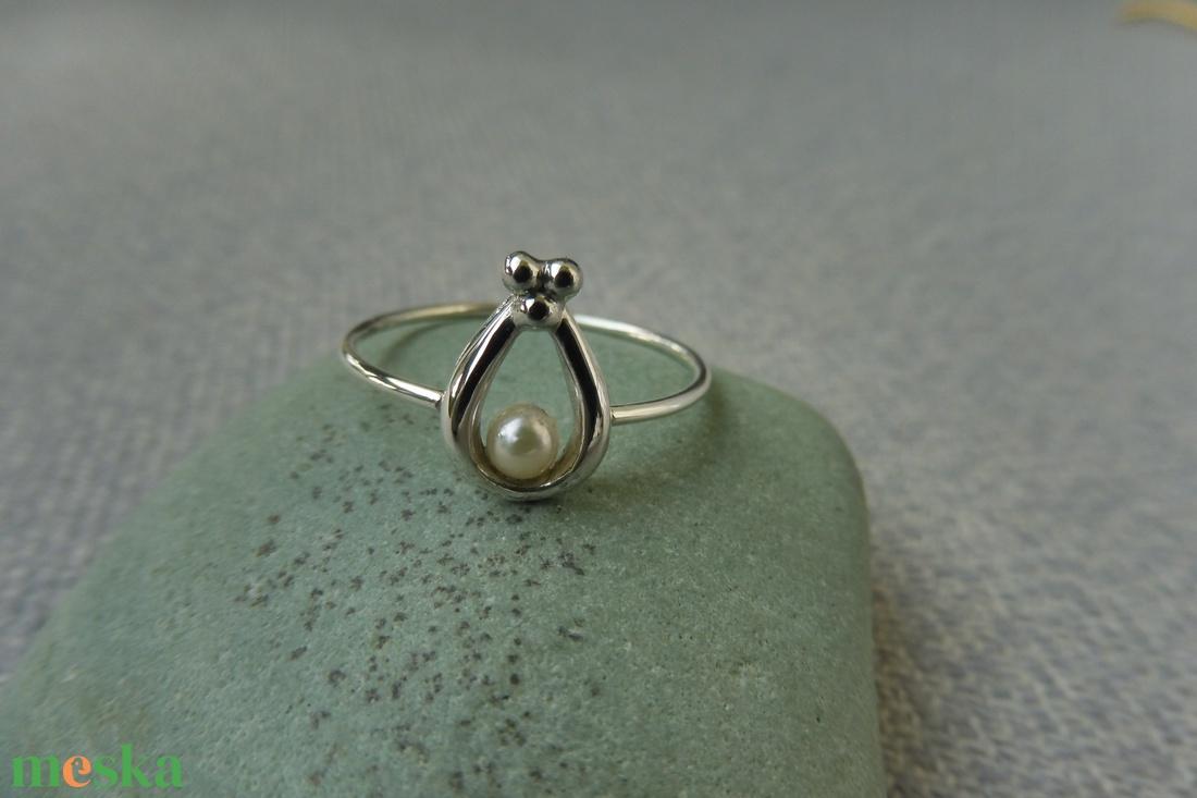 gyöngyös ezüst csepp gyűrű - ékszer - gyűrű - gyöngyös gyűrű - Meska.hu