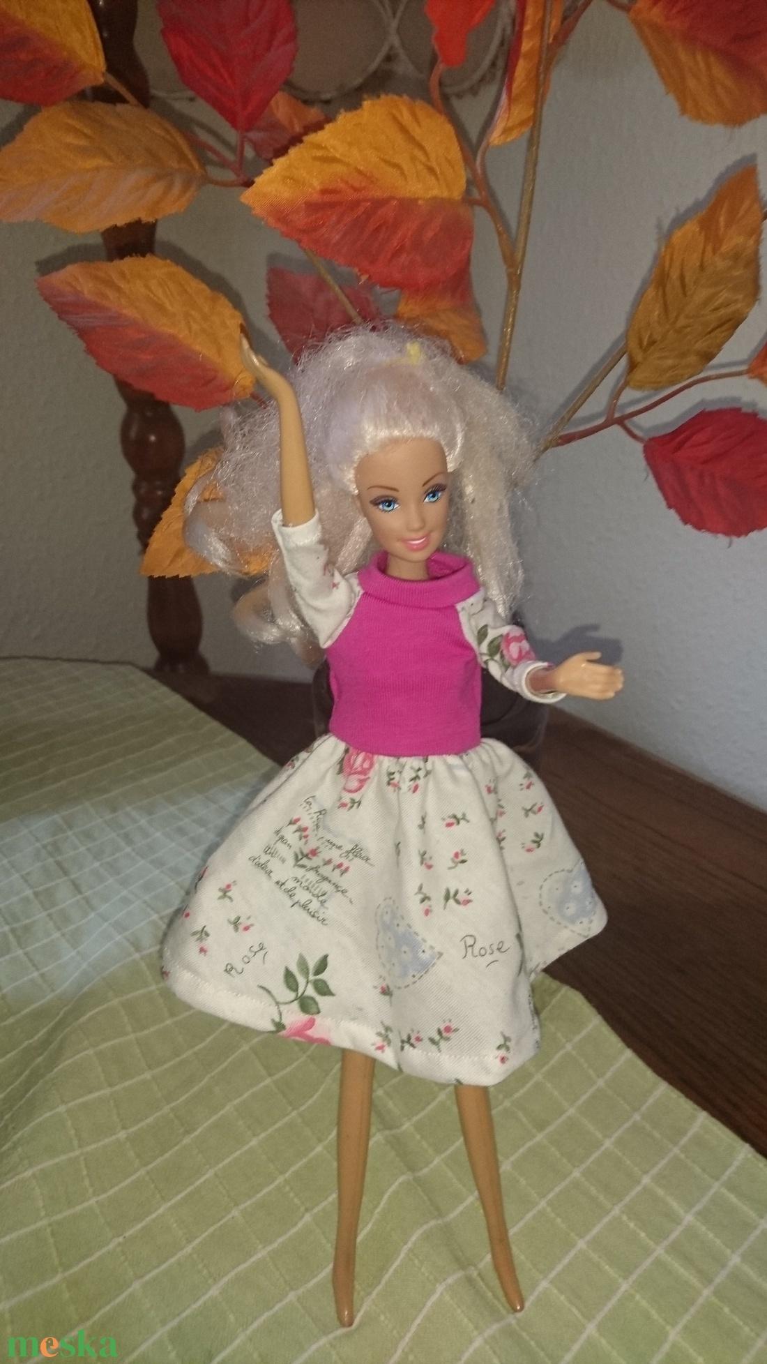 Barbie babaruha
