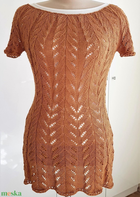 Mogyoró színű kézi kötésű csipke felső, tunika - ruha & divat - női ruha - tunika - Meska.hu