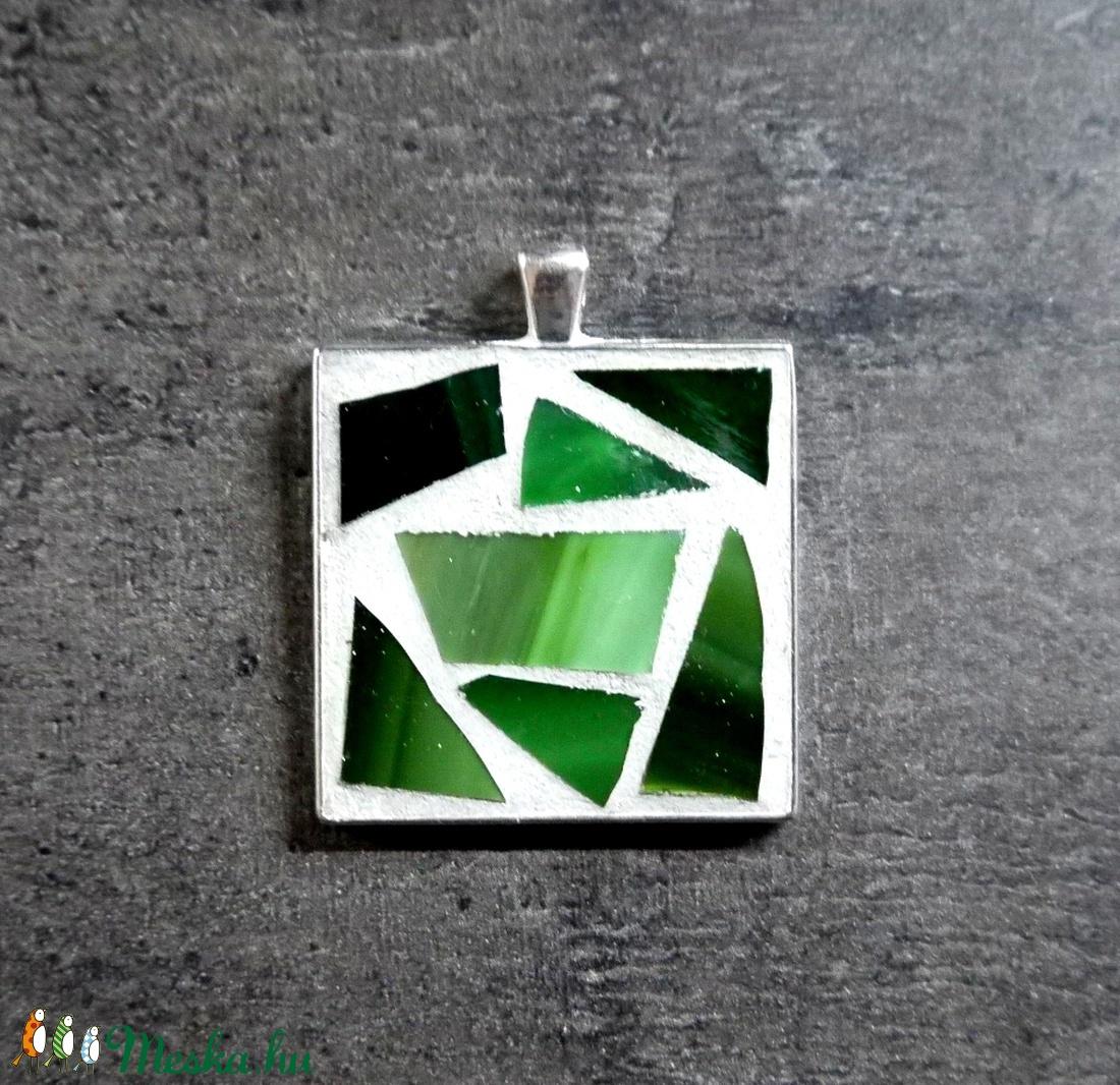 Mozaik medál - zöld négyzet INGYEN POSTA! - ékszer - nyaklánc - medál - Meska.hu