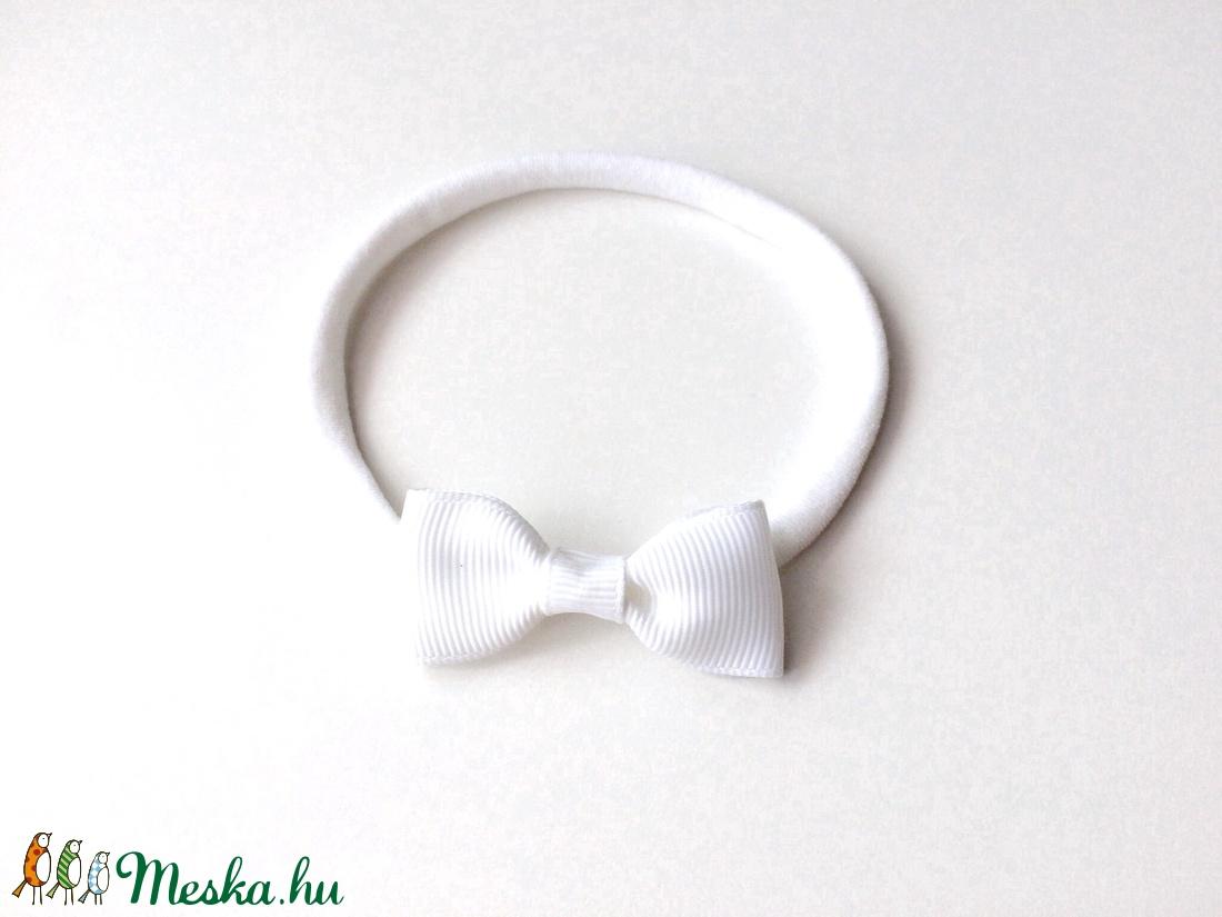 Fehér masnis puha rugalmas fejpánt keresztelőre, esküvőre - ruha & divat - hajdísz & hajcsat - hajráf & hajpánt - Meska.hu