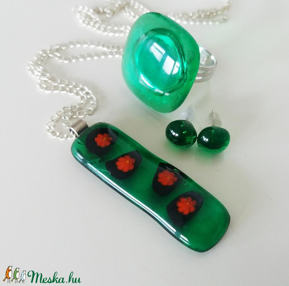 Smaragd-piros virágeső üvegékszer szett (ritakata) - Meska.hu