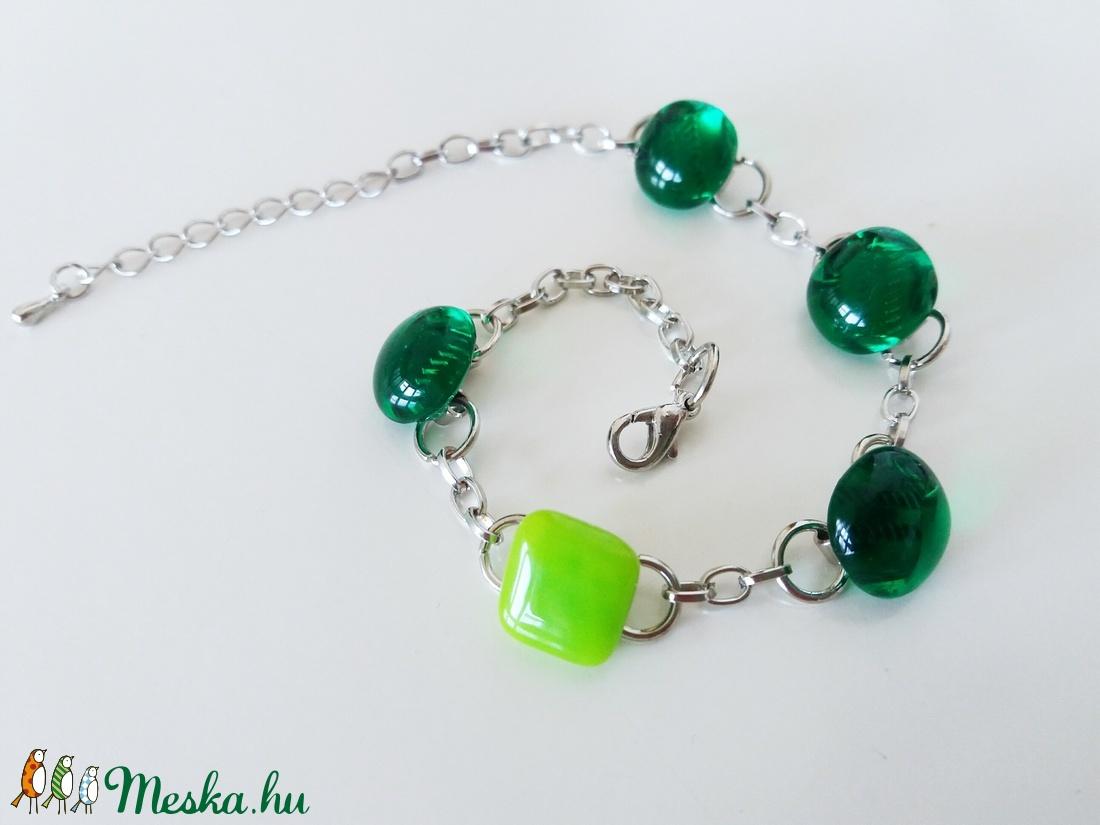 Smaragd-lime üveg karkötő (ritakata) - Meska.hu
