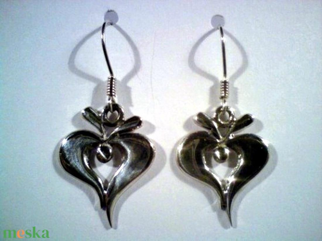 Népi motívumos füli(3) (silverpig) - Meska.hu