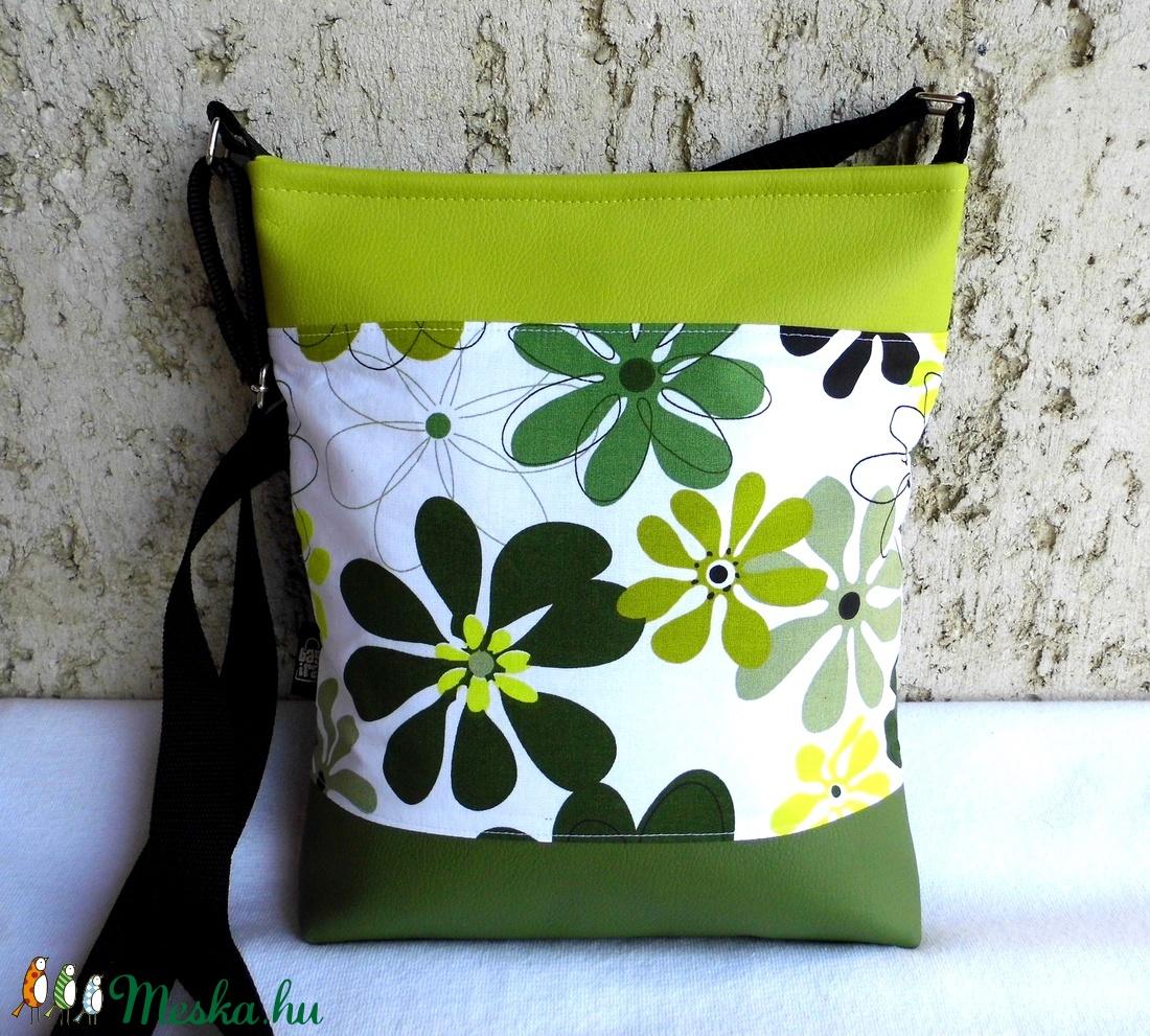 Zöld virágos női táska (smagdi) - Meska.hu ac098f42ee