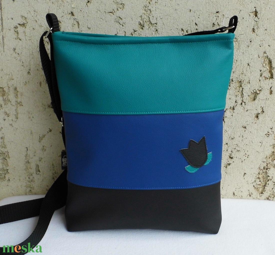 Háromszínű női táska - kék (smagdi) - Meska.hu 1edc35d37d