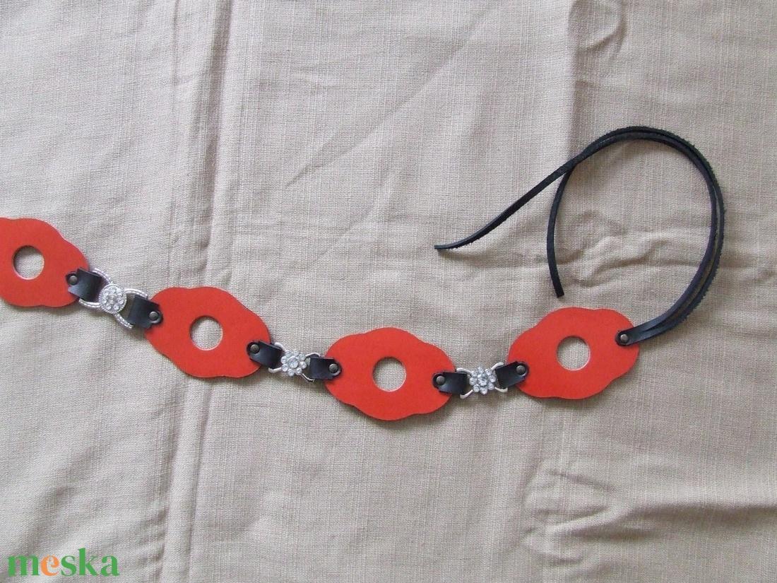 Különleges piros-fekete női öv - ruha & divat - öv & övcsat - öv - Meska.hu