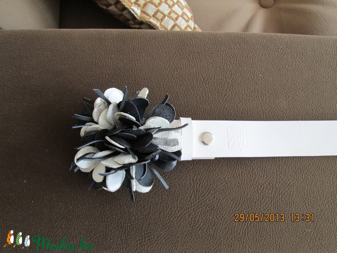 Patentos öv tarka kócos virággal - ruha & divat - öv & övcsat - öv - Meska.hu