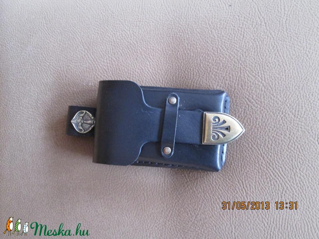 Csatolható és övre fűzhető veretes mobiltelefon tartó - táska & tok - pénztárca & más tok - telefontok - Meska.hu