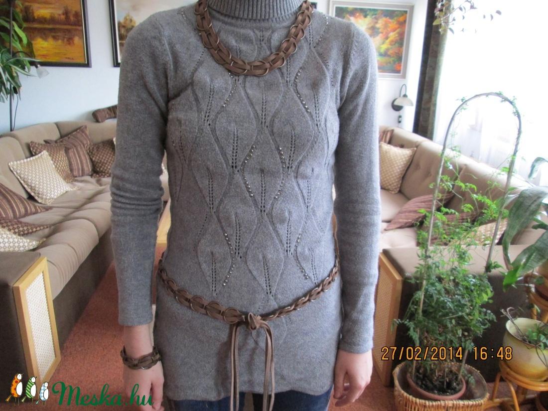 AKCIÓ!!Szett-nyaklánc,karkötő és öv karikákból és bőrszálakból - ékszer - ékszerszett - Meska.hu