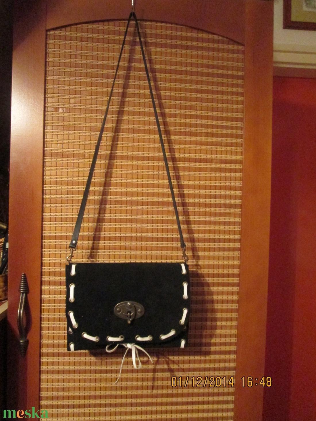 Fekete alkalmi táska választható bőrfűzéssel (spalti51) - Meska.hu 3cbade2643