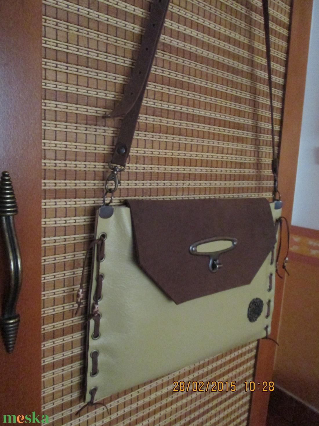 SpaltiDizájn táska5 Sokminden belefér táska sárga-barna változatban - táska & tok - kézitáska & válltáska - vállon átvethető táska - Meska.hu