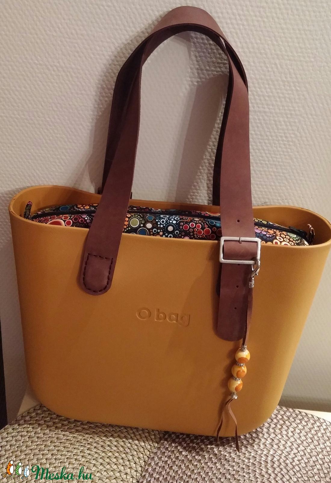 AKCIÓ!!!O bag táskadísz színes fagolyókkal és fémdíszekkel - táska & tok - kulcstartó & táskadísz - táskadísz - Meska.hu