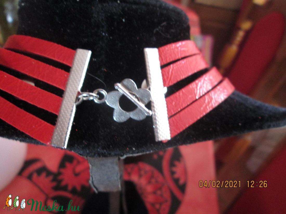 AKCIÓ!!! Nyakék több variációban Valentin napra{de másra is jó} - ékszer - nyaklánc - medálos nyaklánc - Meska.hu