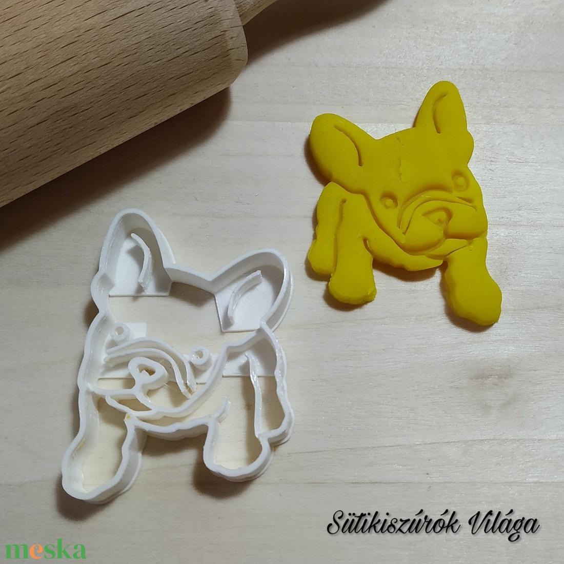 Francia bulldog kiskutya - süteménykiszúró forma, sütipecsét. Linzer, mézeskalács, keksz kiszúró - Meska.hu