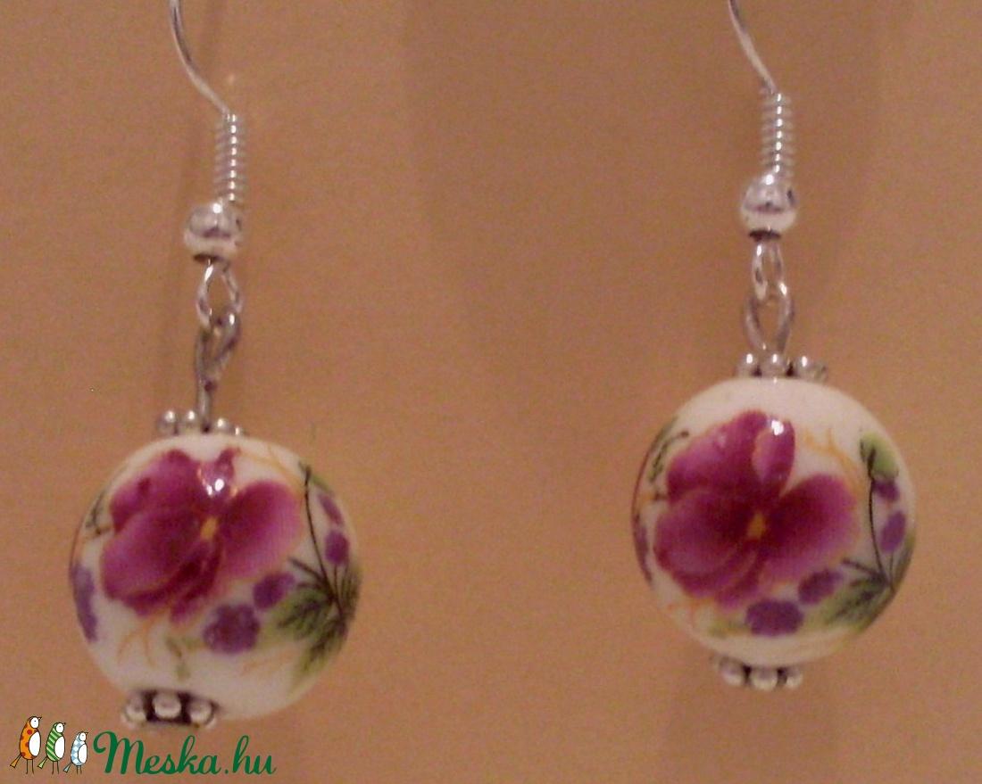 Porcelán virágos fülbevaló (Swari) - Meska.hu