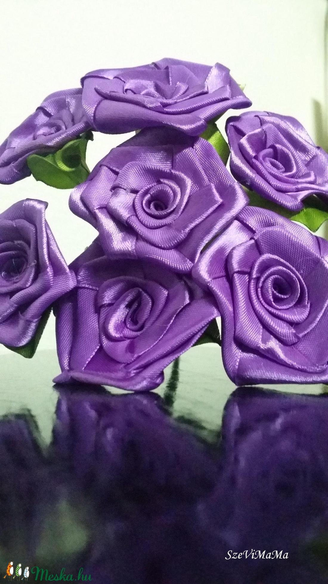 7 szálas  lila rózsa csokor (Szevimamarozsakertje) - Meska.hu