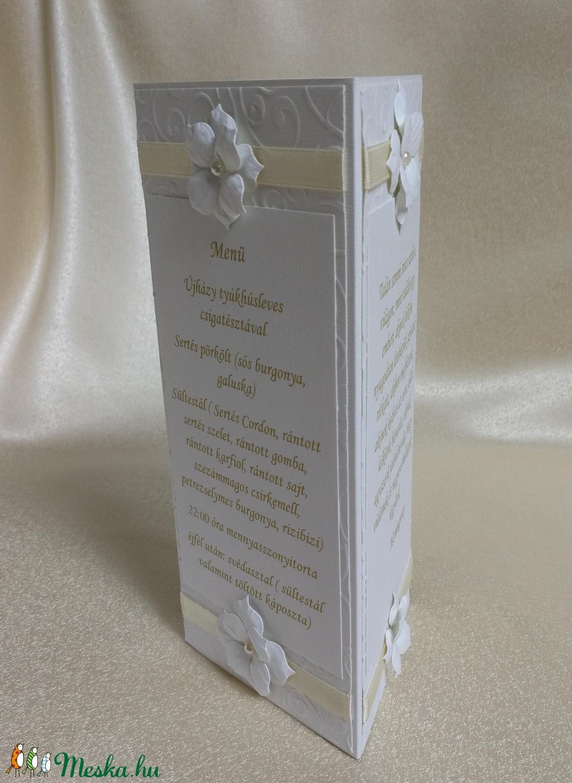 Bézs szalagos virágos menükártya - otthon & lakás - dekoráció - asztaldísz - Meska.hu