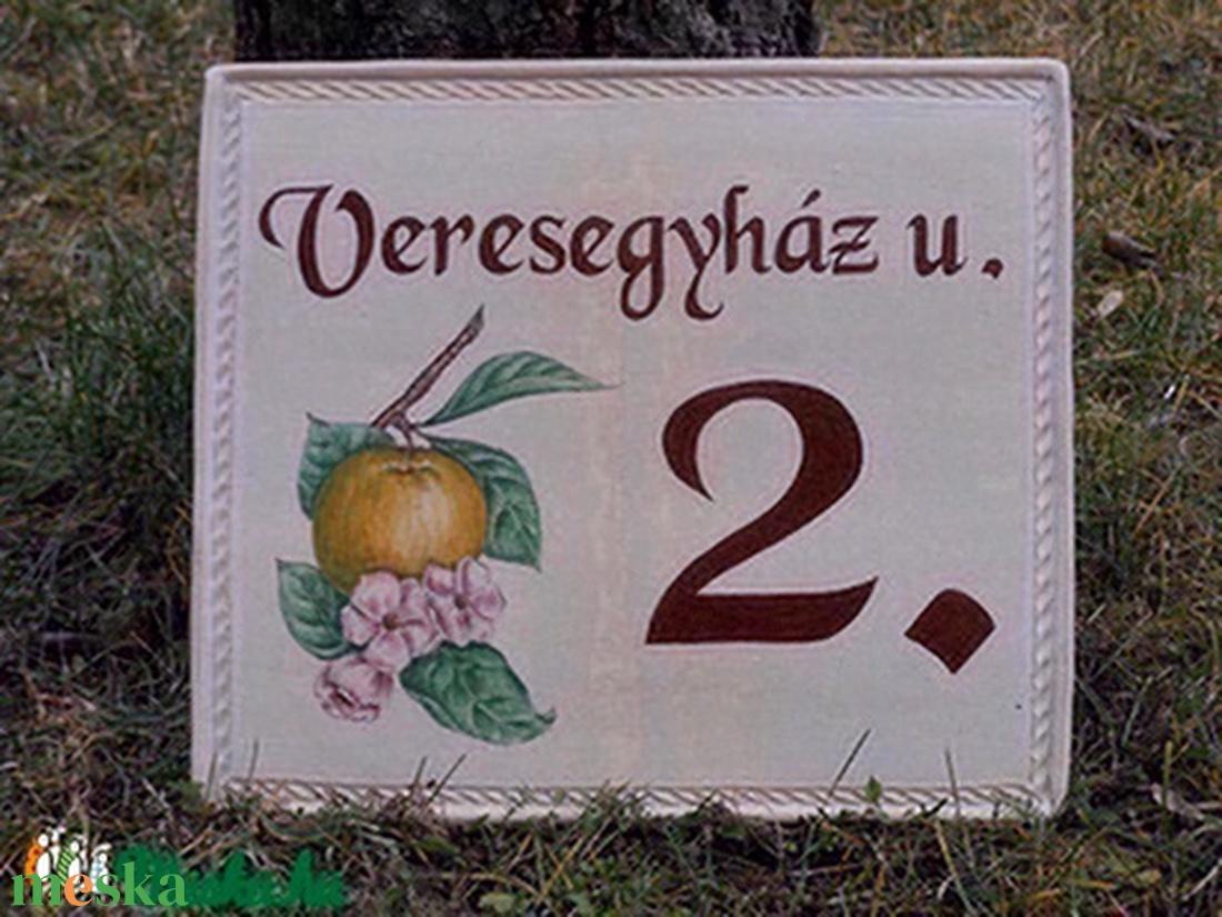 Kerámia házszám tábla - művészet - Meska.hu