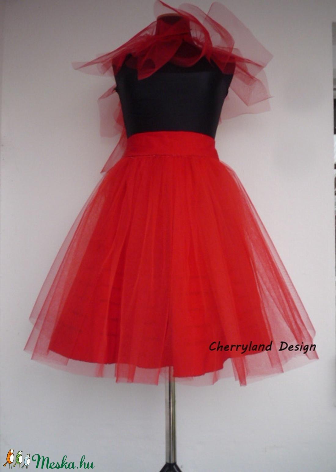 6e85340cec Cherryland Design Mennyecske Piros Tüll Szoknya/ Red Tulle skirt