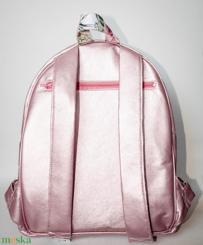 Rose gold, virágos hátizsák - táska & tok - hátizsák - hátizsák - Meska.hu
