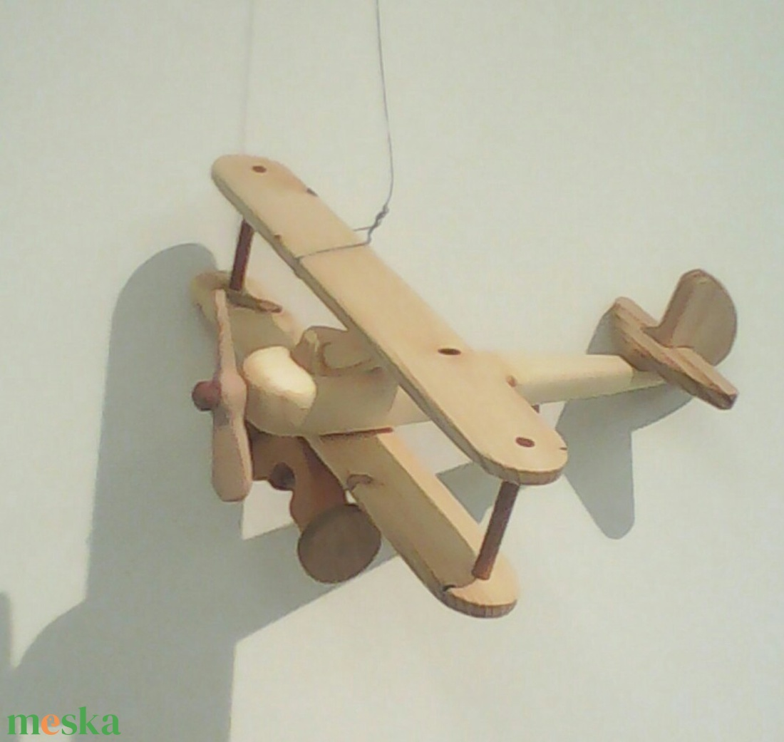 Repülő  (Tothfaforgacs) - Meska.hu