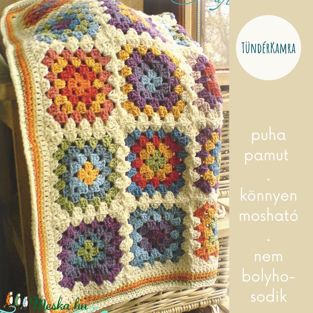 Vidám takaró - kézzel horgolt kötött nagyinégyzetes - színes fiús- puha pamut babatakaró - otthon & lakás - lakástextil - rácsvédő & baldachin - Meska.hu