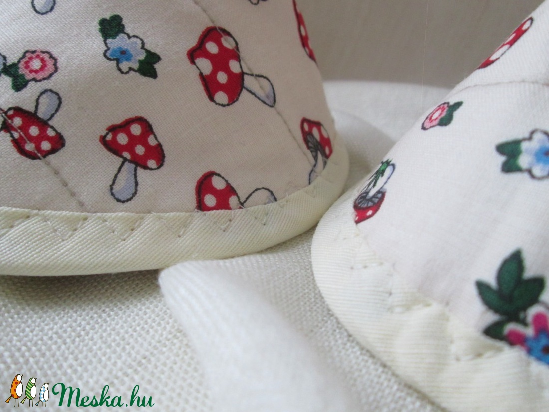 Edényfogó, fedőfogó, fülfogó - gombás mintával, vajszínű szegéllyel (2 db)  - otthon & lakás - konyhafelszerelés - edényfogó & edényfedő - Meska.hu