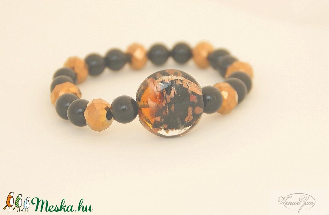 Aranyló fekete karkötő / Goldy black bracelet (Venusgem) - Meska.hu