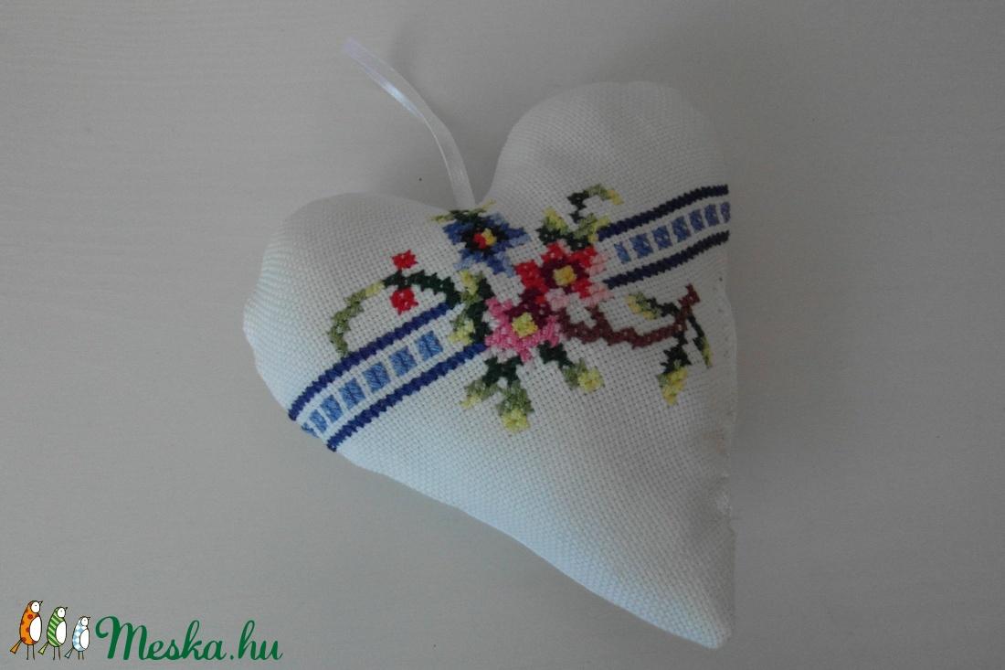 Textil szív (vighilda) - Meska.hu