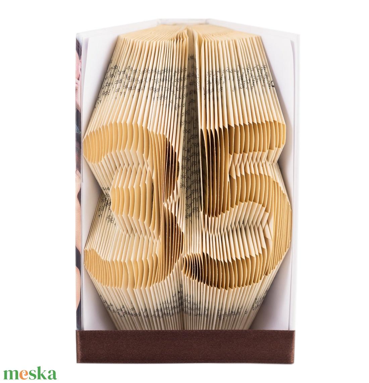 35 - Egyedi számos hajtogatott könyvszobor -  Origami - Születésnapra - Évfordulóra -  E505 (Wolfabric) - Meska.hu