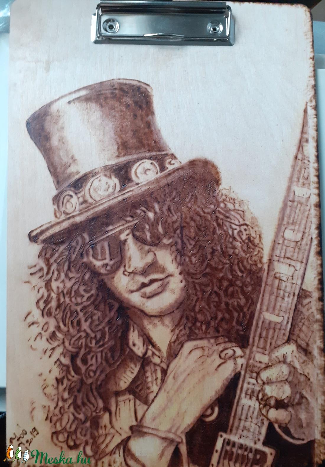 Slash pirográf portré (YoGaby) - Meska.hu