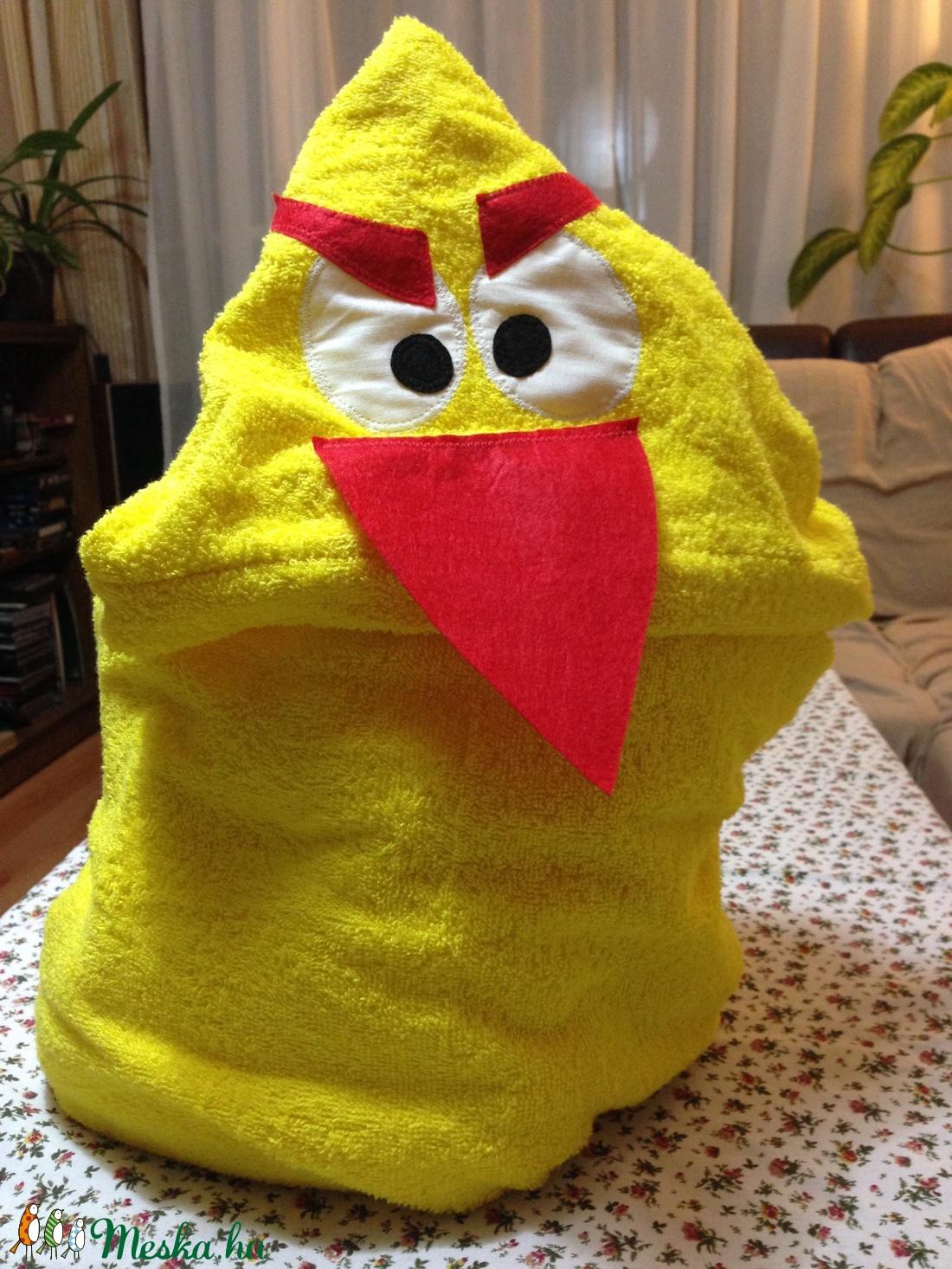 Citromsárga Angry Bird kapucnis törülköző kamaszoknak 334d40a34d