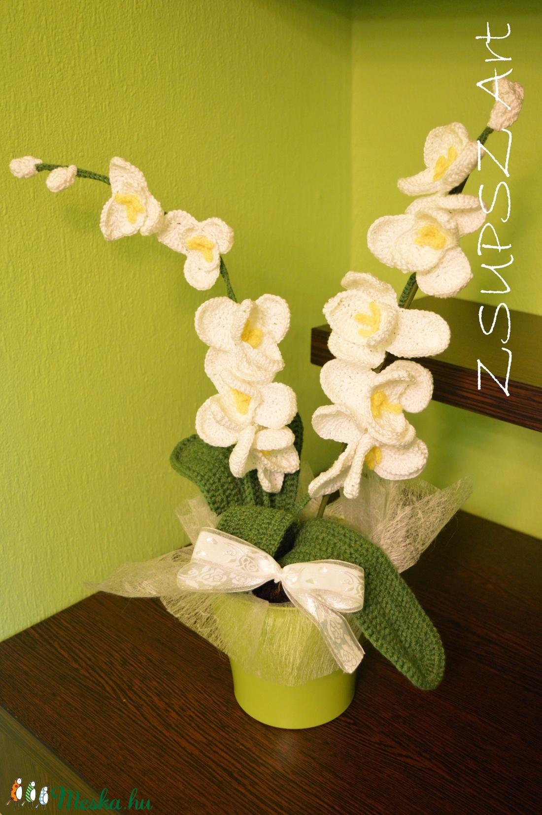 Horgolt orhidea (Zsupszika) - Meska.hu