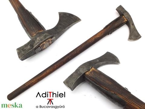 Nyelezett kovácsolt acél kanász fokos, rövid, égetett és olajozott tölgyfa nyéllel , [FN_02a] - Meska.hu